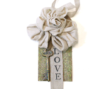 Love Fabric Rose Tag