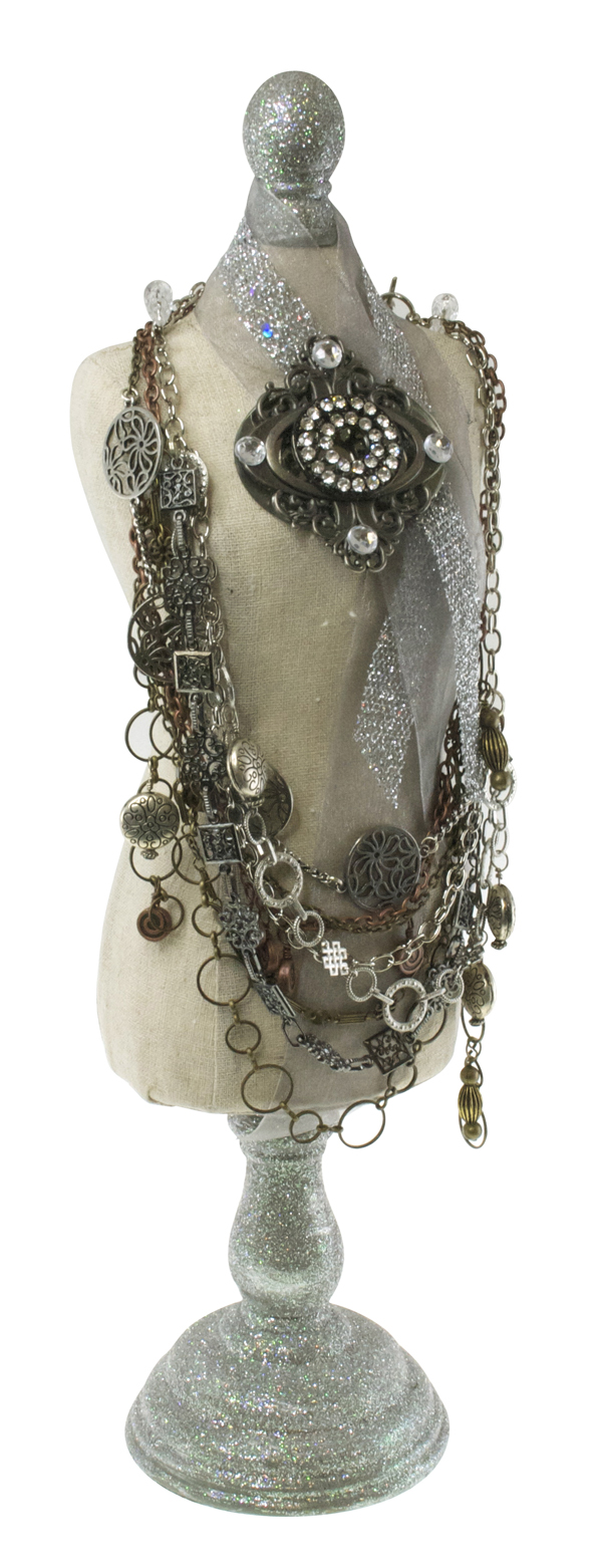 MetalNecklace_DressForm